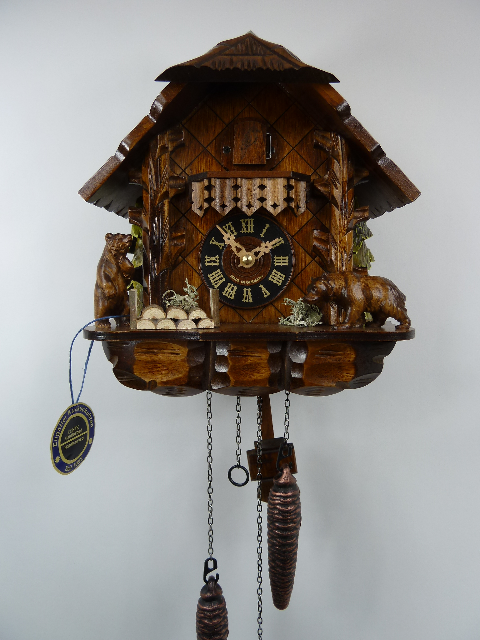 404qm engstler alexander taron carved bears quartz cuckoo How to make a cuckoo clock