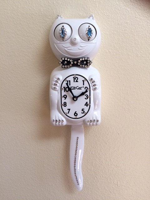 Jeweled White Kit Cat Clock Cuckoo Clock Sales Repair 4