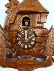 Cuckoo clock flapping wings